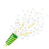 Vaya de fiesta el tostador de palomitas de maíz con confeti y la flámula en el fondo blanco Foto de archivo libre de regalías