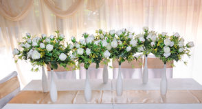 Vazen met bloemen stock afbeelding