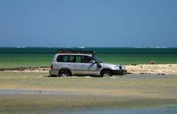Veículo 4x4 Offroad na praia Foto de Stock