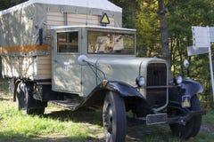 Veículo de entrega do vintage Fotografia de Stock Royalty Free