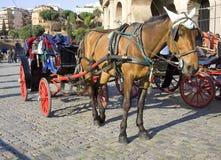 veículo do portador do fiacre do táxi de Roma Italia Fotos de Stock Royalty Free