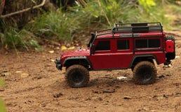 Veículo fora de estrada de Rover Defender da terra da expedição fotos de stock royalty free