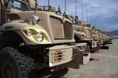 Veículos blindados prontos para a edição em Afeganistão Foto de Stock