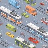 Veículos motorizados dos vários tipos que conduzem na estrada - carro, 'trotinette', ônibus, bonde, ônibus bonde, carrinha, camio ilustração do vetor
