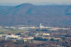 """Vea aeropuerto regional de Blacksburg de un †de Roanoke """" fotografía de archivo"""
