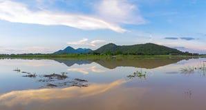 Vea el parque de las FO Khao Loung del panorama cerca de la presa de Wang Rom Klao, Uthai Thani Tailandia Fotos de archivo libres de regalías