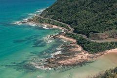 Vea la mirada abajo sobre el gran camino del océano Imágenes de archivo libres de regalías