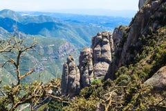 Vea la vista de las montañas deliciosas Montserrat, Cataluña, España Fotografía de archivo libre de regalías