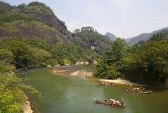 Vea las montañas del âWuyi Foto de archivo