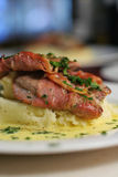 Veal Scallopine with Beure Blanc, close crop Stock Photos
