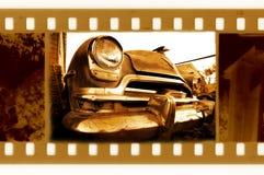 Vecchi 35mm incorniciano la foto con la retro automobile degli S.U.A. illustrazione vettoriale