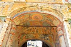 Vecchi affreschi nel monastero di Kirillo-Belozersky Fotografie Stock Libere da Diritti