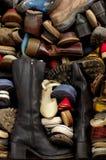 Vecchi ambiti di provenienza 5 delle scarpe Immagine Stock Libera da Diritti