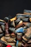 Vecchi ambiti di provenienza 3 delle scarpe Immagini Stock