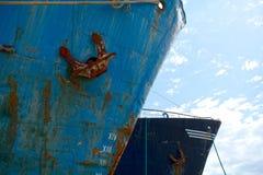 Vecchi archi arrugginiti delle navi Fotografie Stock