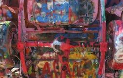 Vecchi automobile e graffiti 2 Fotografia Stock