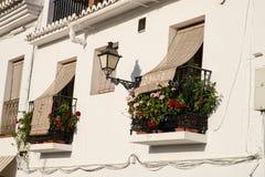 Vecchi balconi andalusi della città Fotografia Stock