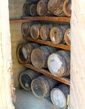 Vecchi barilotti della polvere di pistola della quercia Fotografie Stock
