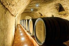 Vecchi barilotti di vino Fotografie Stock Libere da Diritti