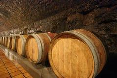 Vecchi barilotti di vino di legno Immagine Stock
