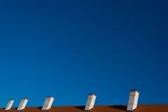 Vecchi camini il tetto Fotografia Stock Libera da Diritti