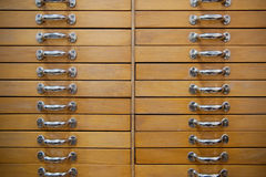 Vecchi cassetti fotografia stock
