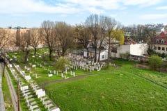 Vecchi cimitero e sinagoga ebrei di Remuh a Cracovia, Polonia fotografia stock