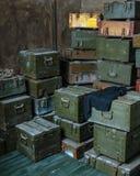 Vecchi contenitori militari di munizioni Immagine Stock Libera da Diritti