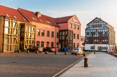 Vecchi costruzioni ed hotel di porto Klaipeda Fotografia Stock