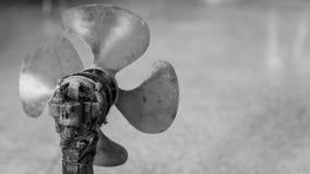 Vecchi e motori del ventilatore sporchi immagine stock libera da diritti