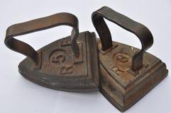 Vecchi ferri d'acciaio fotografia stock