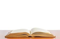 Vecchi libri sulla mensola Fotografia Stock Libera da Diritti