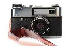 Vecchi macchina fotografica e film del telemetro Fotografia Stock Libera da Diritti