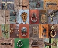 Vecchi maniglie e chiavistello senza molla di scatto di porta d'annata fotografia stock