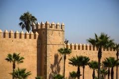 Vecchi mura di cinta a Rabat fotografie stock