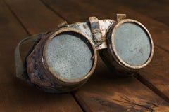 Vecchi occhiali di protezione arrugginiti dello steampunk Fotografia Stock Libera da Diritti