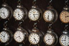 Vecchi orologi fotografie stock