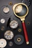 Vecchi orologio ed ingranaggi Fotografia Stock Libera da Diritti