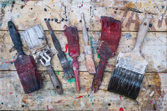 Vecchi pennelli grungy fotografia stock libera da diritti
