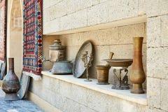 Vecchi piatti, Bacu, Azerbaigian Fotografia Stock Libera da Diritti