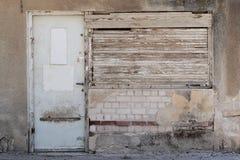 Vecchi portello e finestra Fotografie Stock Libere da Diritti