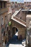 Vecchi punti e pareti del castello Fotografia Stock