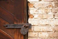 Vecchi serratura e mattoni Fotografia Stock