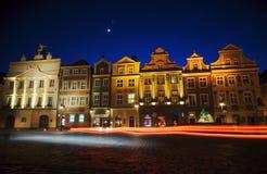Vecchi servizio e luna a Poznan Immagine Stock