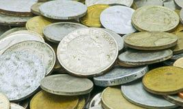 Vecchi soldi di metallo Immagini Stock Libere da Diritti