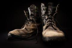Vecchi stivali dell'esercito Fotografia Stock Libera da Diritti
