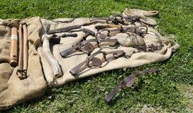 Vecchi strumenti ad ovest dell'uomo di montagna Fotografia Stock Libera da Diritti
