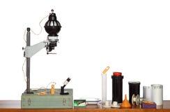 Vecchi strumenti della camera oscura fotografici immagine stock