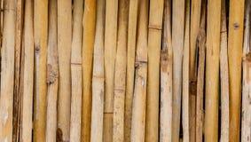 Vecchi tailandesi grungy handcraft del recinto di bambù del modello del tessuto Immagini Stock Libere da Diritti