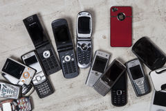 Telefoni cellulari vecchi - telefoni cellulari Immagine Stock Libera da Diritti